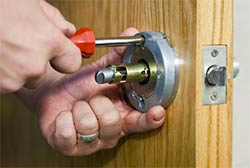 Montowese CT Locksmith Store Montowese, CT 203-701-7953
